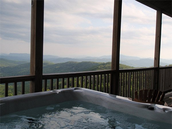 Hot Tub Rentals in Sugar Mountain, North Carolina
