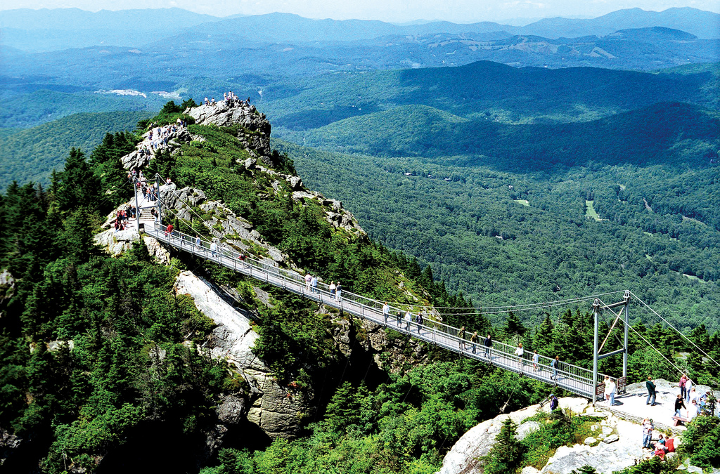 Grandfather Mountain State Park is one of the must-visit family vacation spots in North Carolina